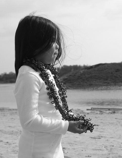 Necklace Boa Curl +] Sasja Saptenno Holl
