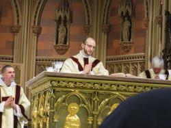 Father Sam Bellafiore 1st mass (54)