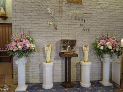 Beautiful altar Aug 31-Sept 1 2019 (3)
