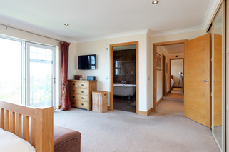 47-Bedroom1-15.jpg