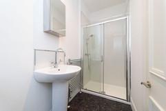30-Bathroom-04.jpg