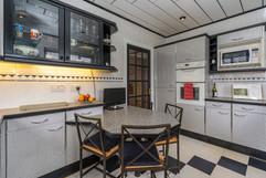 7.kitchen(3).jpg