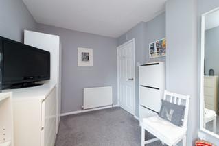 36-Bedroom1-03.jpg