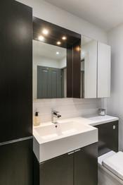 28-BathroomC.jpg