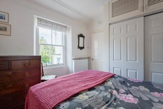21bedroom2.jpg