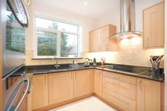 5.kitchenandutilityroom(6).jpg