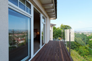 51-Bedroom1-Balcony-09.jpg
