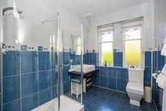 15.showerroom(1).jpg