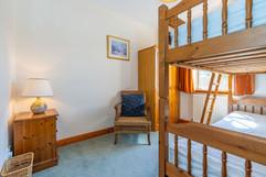 9.bed4(downstairsbed)(1).jpg