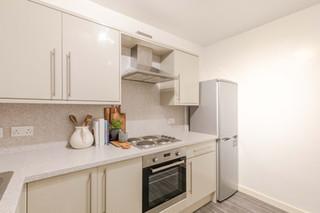09-KitchenB.jpg