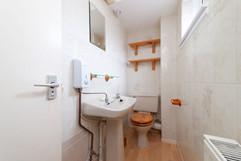 23-DownstairsBathroom-01.jpg