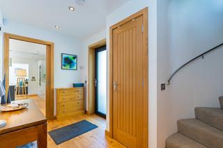 2.hallwaysstaircaselandings(4).jpg