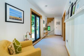 2.hallwaysstaircaselandings(9).jpg
