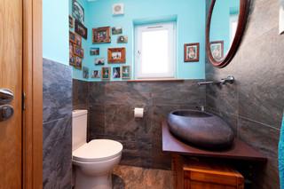 92-DownstairsBathroom&CloakRoom-02.jpg