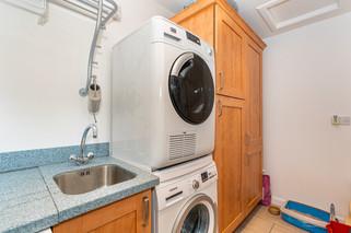 10.utilityroom(2).jpg