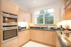 5.kitchenandutilityroom(5).jpg
