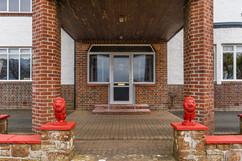 2.exteriorsfront(7).jpg
