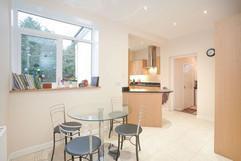 5.kitchenandutilityroom(1).jpg