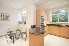5.kitchenandutilityroom(3).jpg