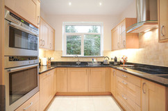 5.kitchenandutilityroom(4).jpg
