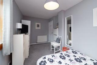 35-Bedroom1-02.jpg