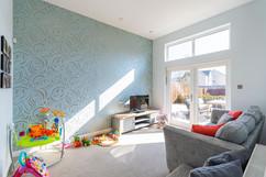 10.familyroom(1).jpg