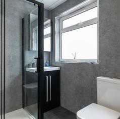 21-ShowerRoomA.jpg