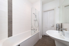 29-Bathroom-03.jpg