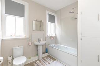 30-BathroomA.jpg