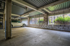 9.parkingspace(1).jpg