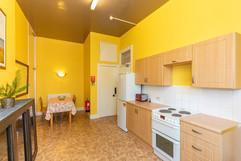 13-KitchenD.jpg