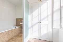 BathroomWardrobe.jpg