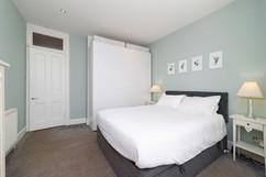 32-Bedroom1-02.jpg