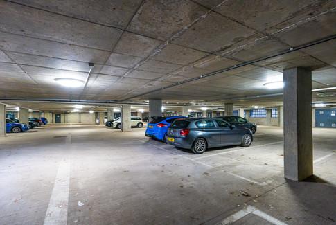 8.parkingspace(1).jpg