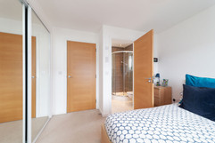 33-Bedroom2-02.jpg