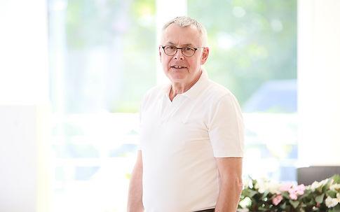 Dr. Helmut Vomhof, Zahnarzt, Lippstadt