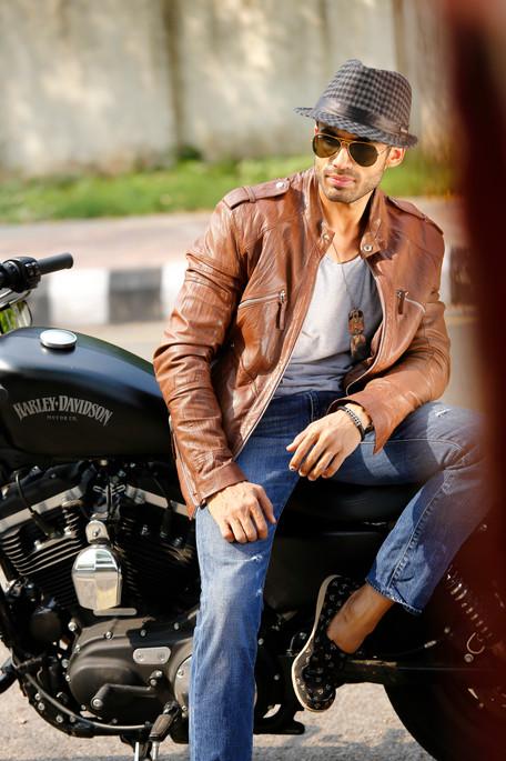 Modelling portfolios for men saurabh_010