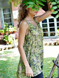 CF039679 fashion photography.JPG