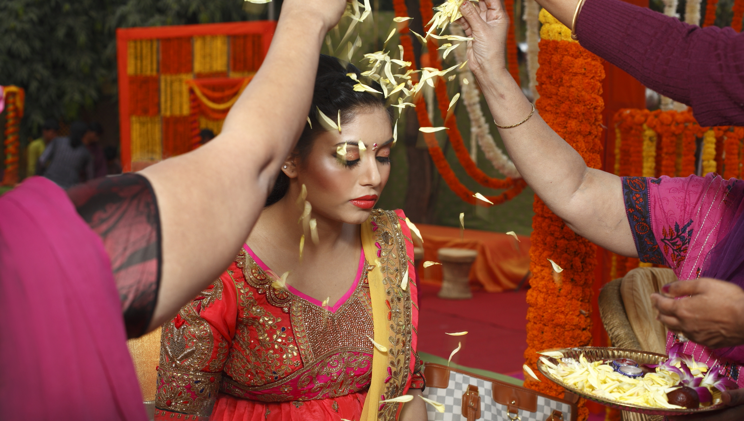 candid wedding photographers -delhi