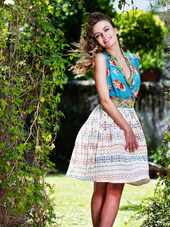 CF039435 fashion photography.JPG