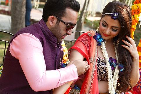 candid wedding photographers -8 best.JPG