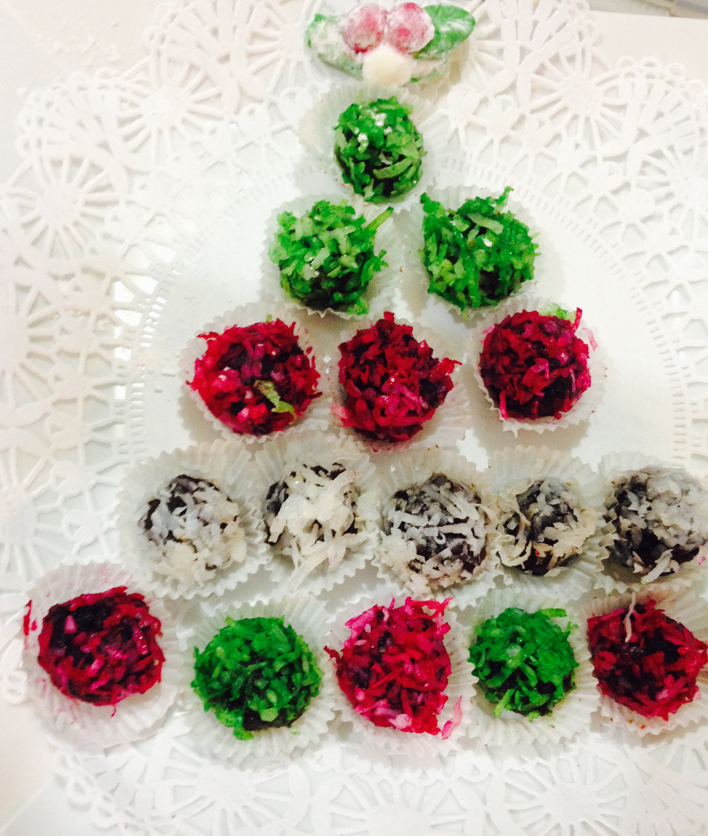Fruit Cake Pops