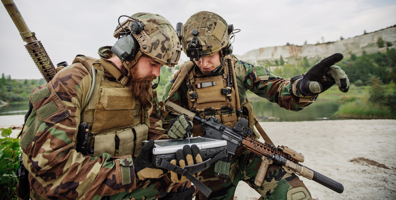 Soldiers reviewing computer AdobeStock_93148014_smaller.jpg