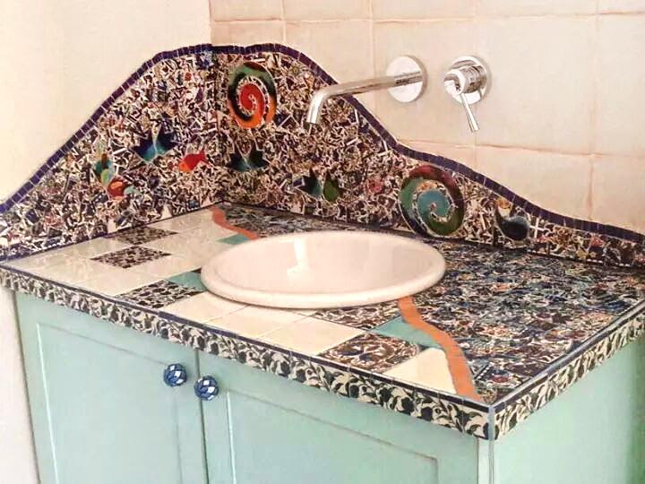 פסיפס באמבטיה צבעוני