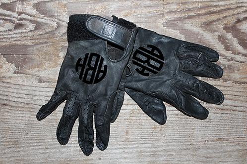 The Glove Monogram Set