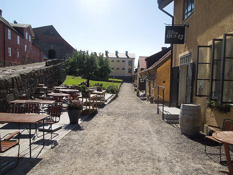 Fortress breakfast building and outdoor area