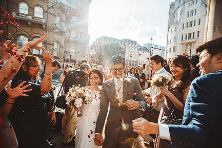 uk singaporean wedding photography, wedding photographer, singaporean wedding, amazing wedding dress, weddings by martin sylvester, london wedding photography, all souls langham place