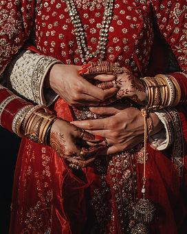 uk asian wedding photography, wedding photographer, sikh wedding, amazing wedding dress, weddings by martin sylvester, london wedding photography