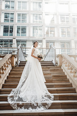 uk singaporean wedding photography, wedding photographer, singaporean wedding, amazing wedding dress, weddings by martin sylvester, london wedding photography, plaisterers' hall wedding