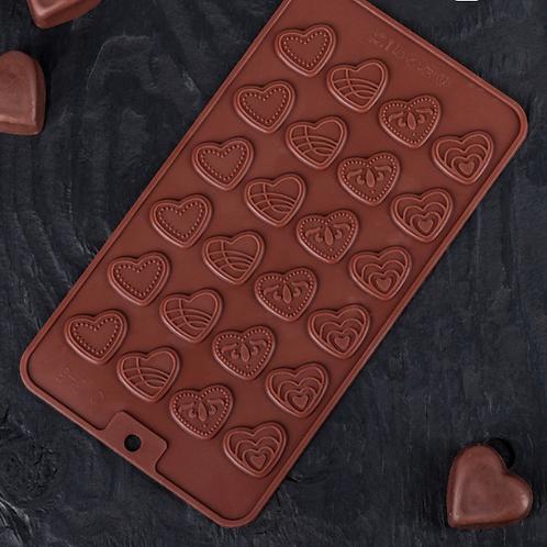 Форма силиконовая для шоколада «Сердечки»